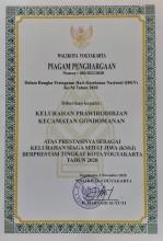 Piagam Penghargaan  Walikota Yogyakarta untuk Kelurahan Prawirodirjan